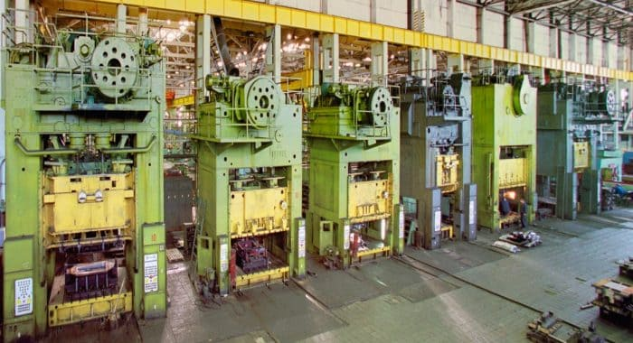 pressy-so-shtampami-1-700x380-1
